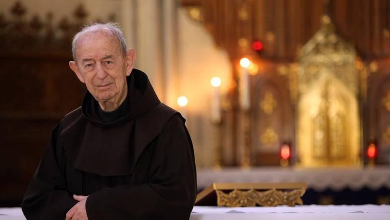 Preminuo je fra Bonaventura Duda, legendarni propovjednik