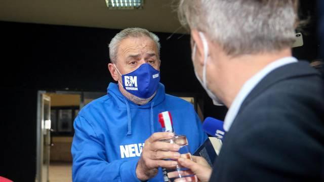 Zagreb: Gradonačelnik Bandić stigao na premijeru Kumeka