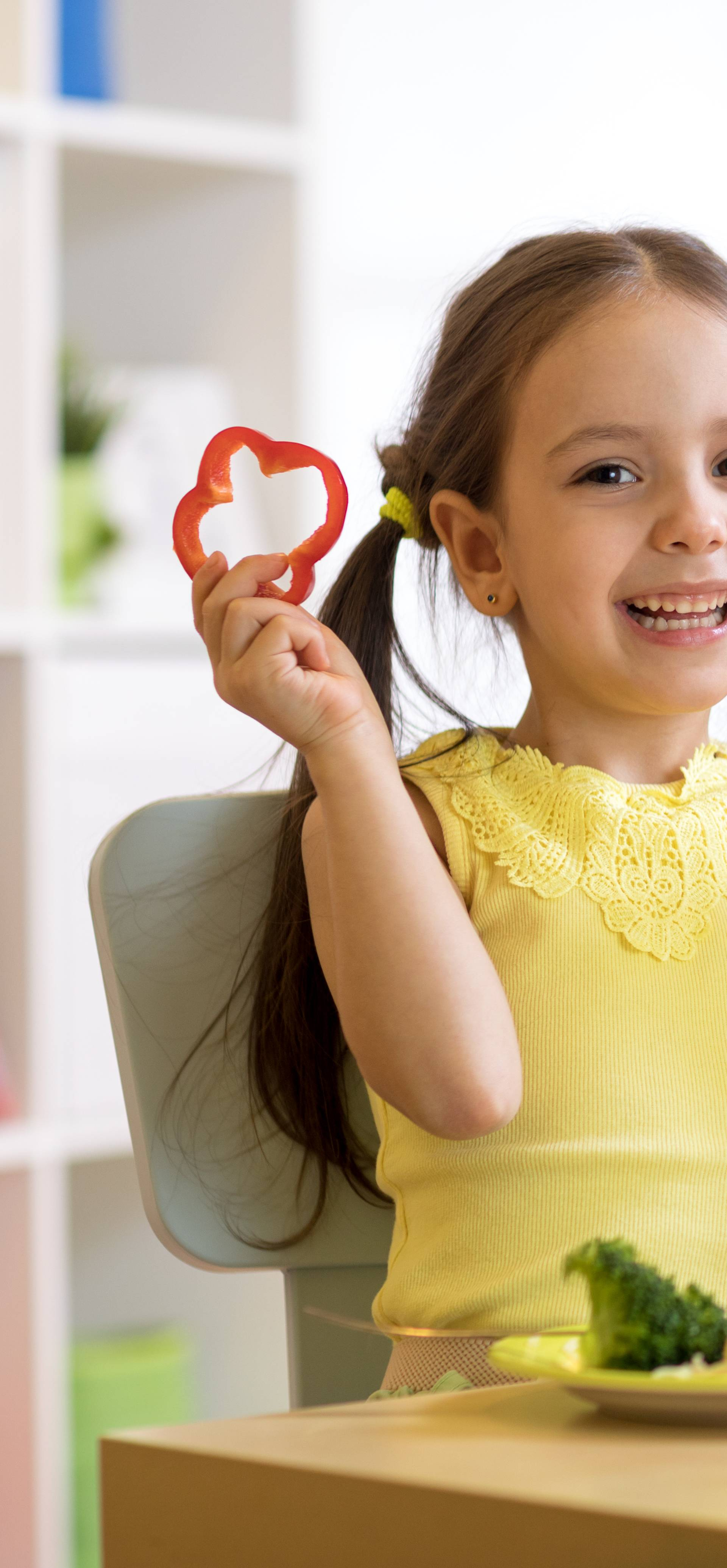 Malu djecu treba potaknuti da kušaju nove i drugačije okuse