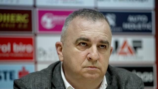 'Teško je dobiti Dinamo kad oni igraju s 12 igrača, a mi s 11...'