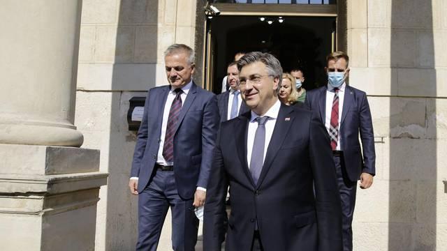 Premijer Plenković u Mostaru se sastao s biskupima Perićem i Palićem