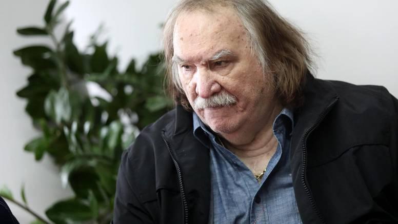 Mišu Kovača vidjeli u javnosti nakon dugo vremena: Pjevač snimao spot na terasi kuće