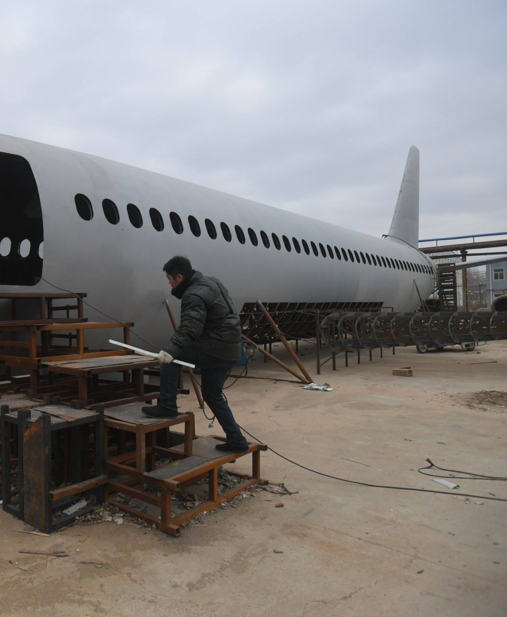 Motorcycle Mechanic And His Team Build Airbus A320 In Tieling