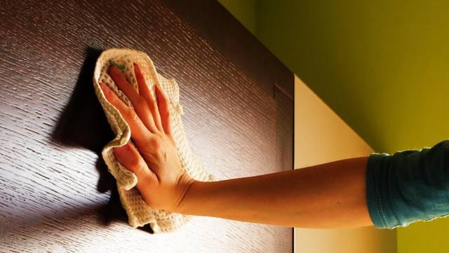 Majonezom popravite oštećenja na drvenom namještaju