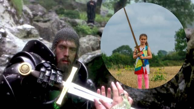 Curica našla mač u jezeru gdje je po legendi završio Excalibur