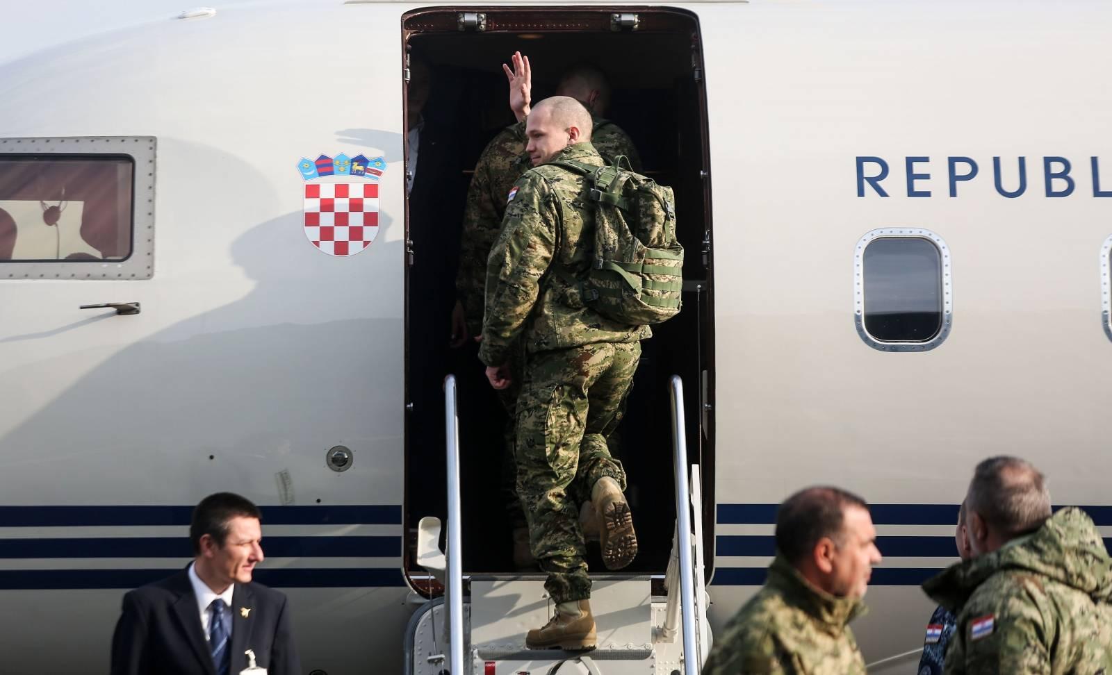 Zagreb: Zrakoplovom Vlade RH ispraćen medicinski tim koji putuje za Litvu