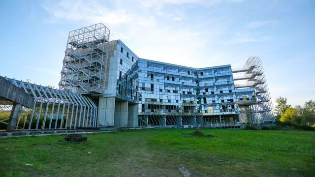 Radovi na Sveučilišnoj bolnici: Nisu ni počeli, kasne 5 mjeseci