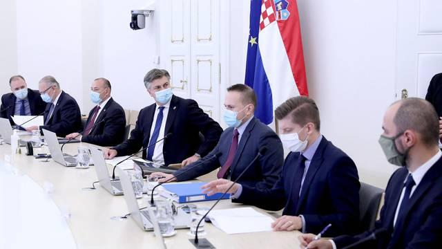 Zagreb: Na sjednici Vlade RH raspravljano o rekordnom broju oboljelih od koronavirusa
