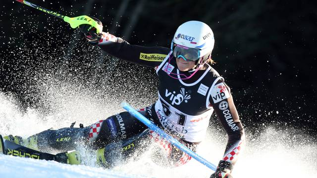 Leona Popović uzela bodove u prvom slalomu ove sezone