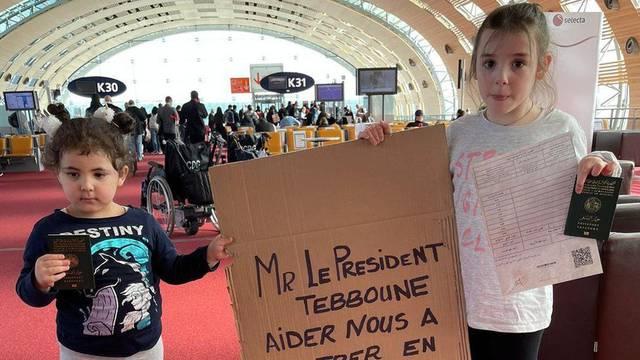 Tjednima su zatvoreni na pariškom aerodromu: 'Spavamo na podu, pucamo, izvucite nas'