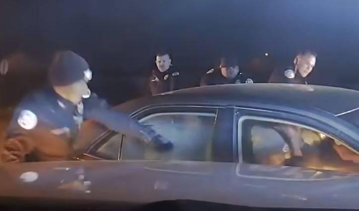 Šokantan video: Policajci ubili par koji im je pregazio kolegu!