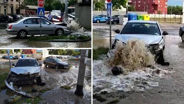 Sudarili se na Vrbanima: Auto u hidrantu, vozačica u bolnici
