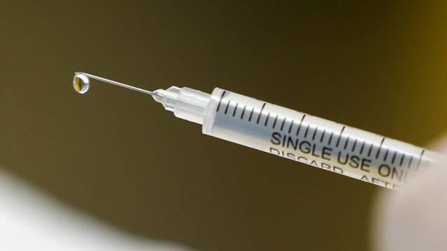 WHO: Broj preminulih od virusa mogao bi doći do brojke od dva milijuna prije otkrića cjepiva...