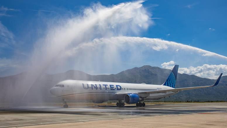 United Airlines otpustio 232 ljudi koji se nisu htjeli cijepiti