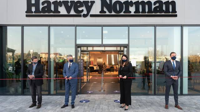 Svjetski poznat maloprodajni lanac Harvey Norman stigao je u Pulu!