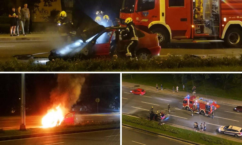Video: Zapalio se auto na cesti u Zagrebu, muškarci istrčali van