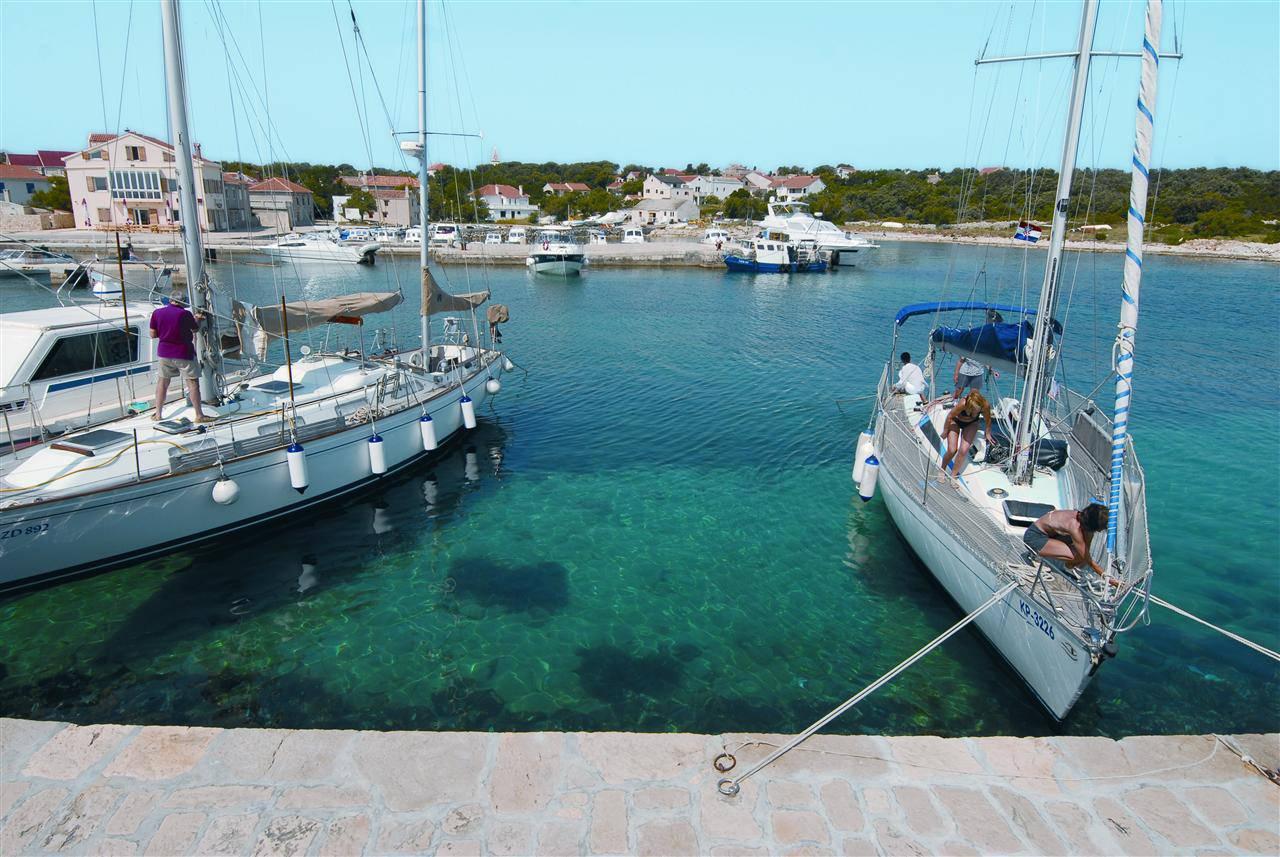 Jedrima istražite obale Istre i divne otoke Kvarnera i Zadra