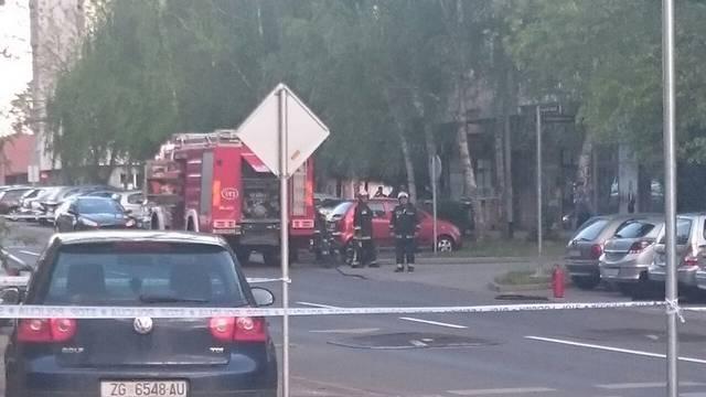 Iz parkiranog auta na Malešnici curio plin, blokirali cijelu ulicu