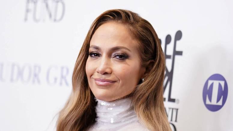 Izvanzemaljski trbušnjaci J. Lo (49) raspametili obožavatelje