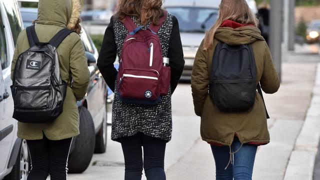 'Sigurno nećemo stići obraditi svo gradivo, ali zdravlje naših učenika nam je najvažnije'
