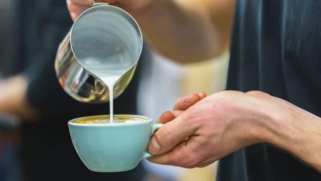 Loše strane pijenja previše kave svaki dan: Nervoza, nesanica...