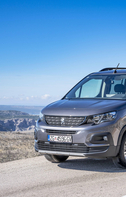 Robusan i uglađen: Novi Peugeot Rifter