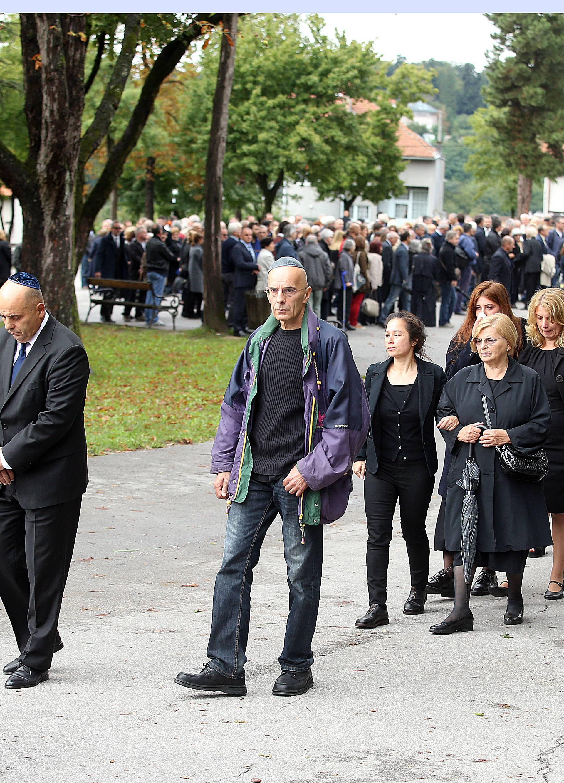 Pokopali Slavka Goldsteina, u ime Vlade stigao Ivica Poljičak