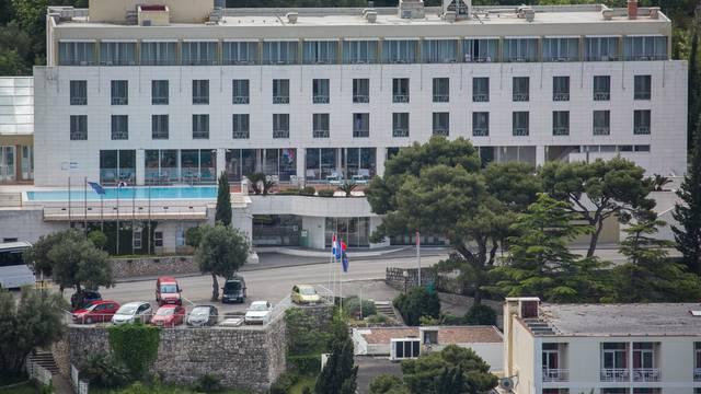 Postupak natječaja za prodaju Hotela Maestral jednak za sve