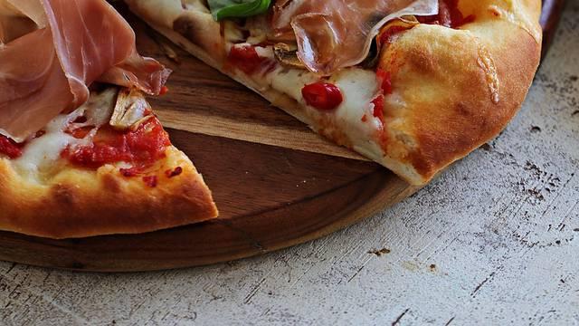 Tijesto za pizzu bez kvasca: Ispast će fantastično svaki put!