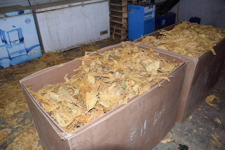 Policija našla preko sedam tona duhana za ilegalnu preprodaju