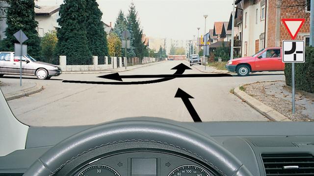 Mislite li da ste super vozač? Probajte proći test iz propisa