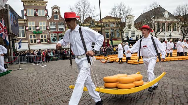 Od najnižih do najviših ljudi: Zašto su Nizozemci tako visoki?