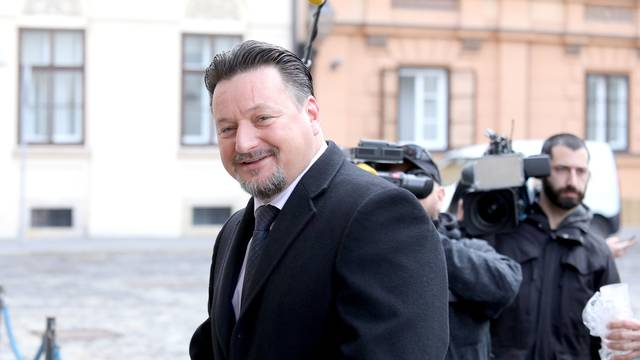 'Afera s montažom ministra skrenula pažnju s rada Vlade'