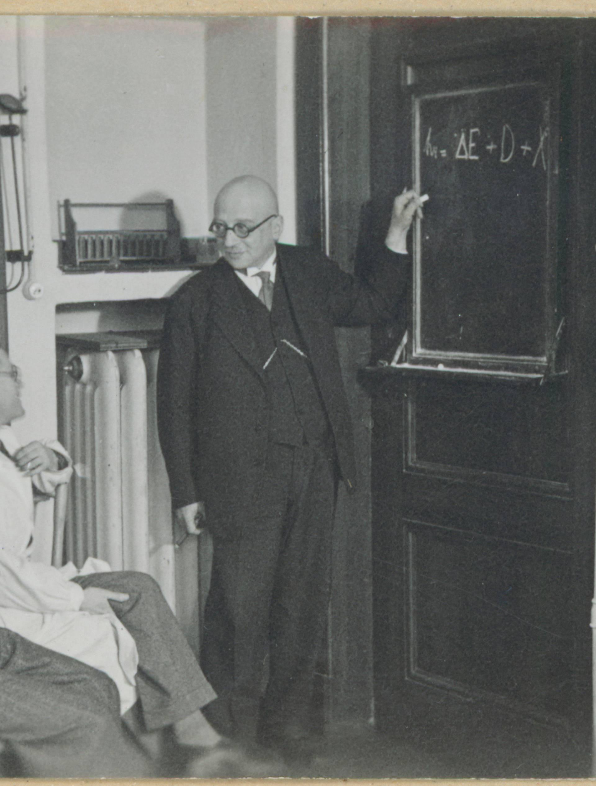 Fritz Haber bei Vorlesung / Foto