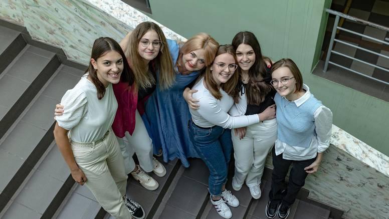 Profesorica Dubravka: Moji đaci iz županjske gimnazije napisali su priručnik za debatiranje