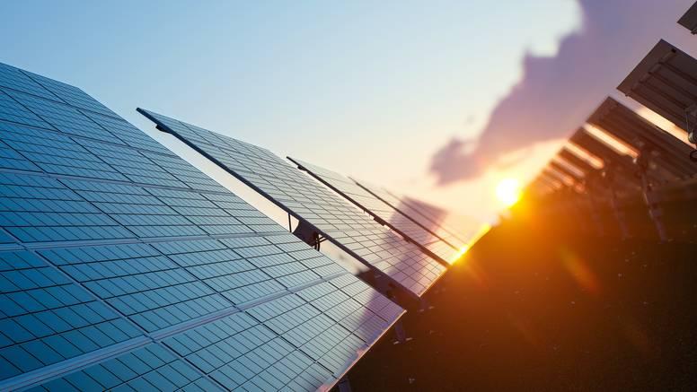 Razmišljate o ugradnji solarnih panela? Evo što sve trebate znati prije investiranja
