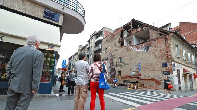Mnoge zgrade nakon potresa u Zagrebu i dalje čekaju sanaciju