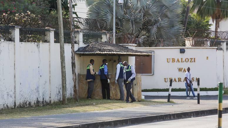 Napadač ubio trojicu policajaca i zaštitara ispred francuskog veleposlanstva u Tanzaniji