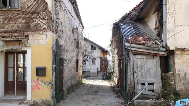 Crveni križ krenuo s uplatama pomoći stradalima u potresu