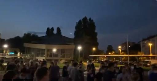Srbija je najavila nove mjere, studenti izašli na ulice Beograda