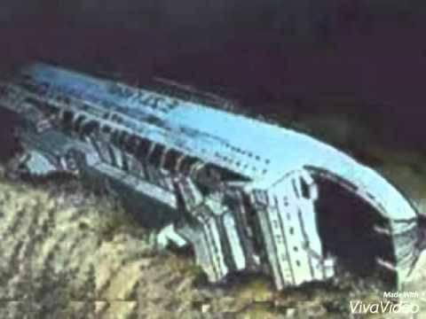 Grobnica u dubini: Gotovo 900 putnika ostalo je u kabinama...