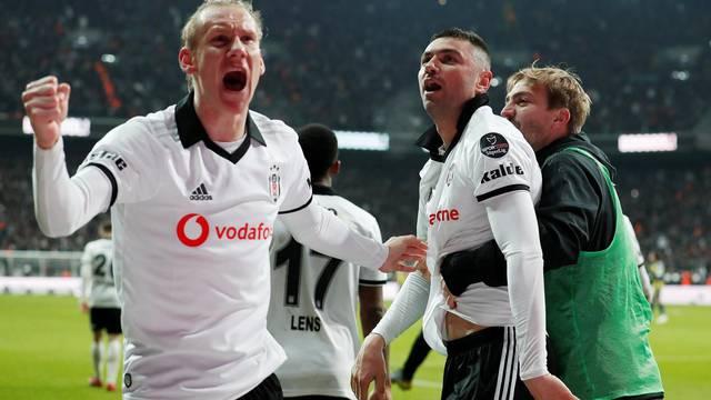 Turkish Super League - Besiktas v Fenerbahce