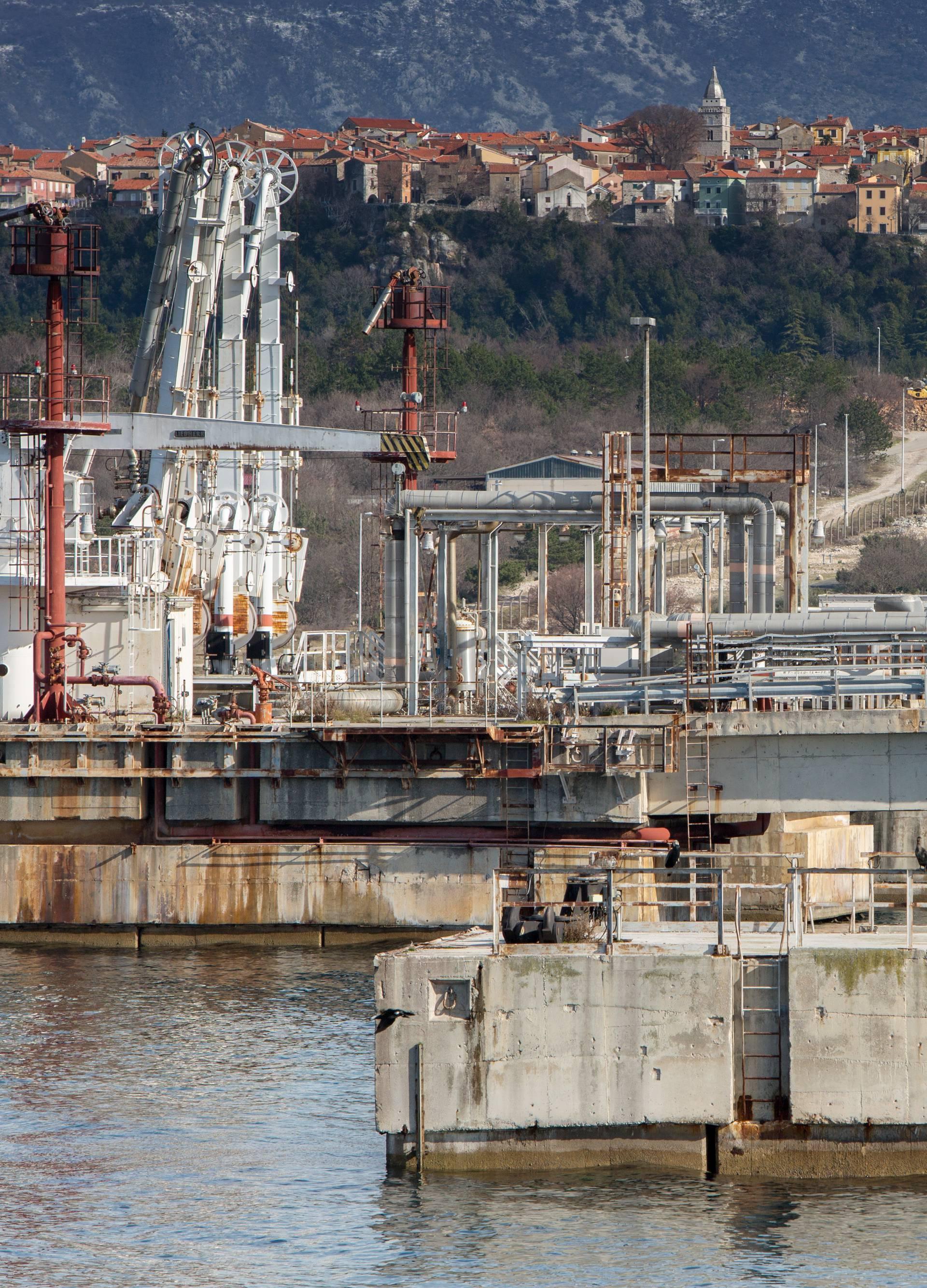 Povjerenstvo odlučilo: Plutajući terminal je prihvatljiv za okoliš