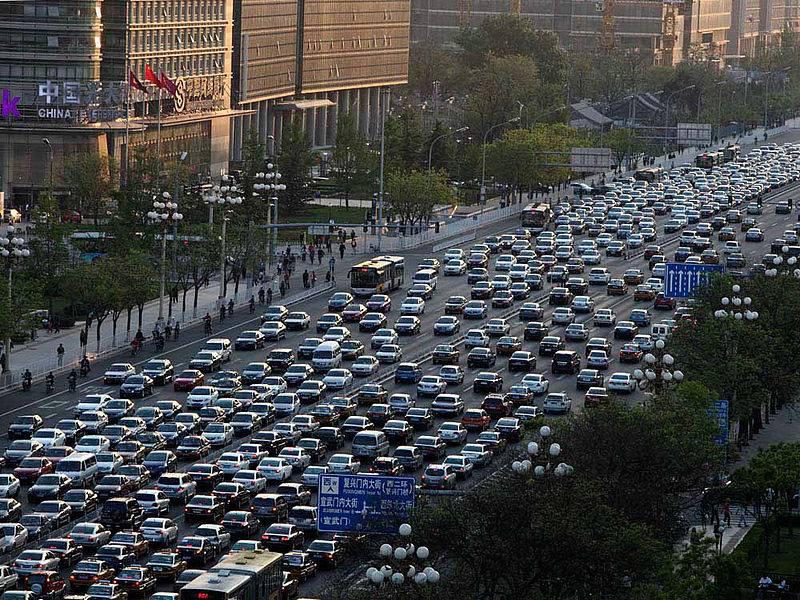 EK kaznila dva proizvođača sigurnosne opreme za aute