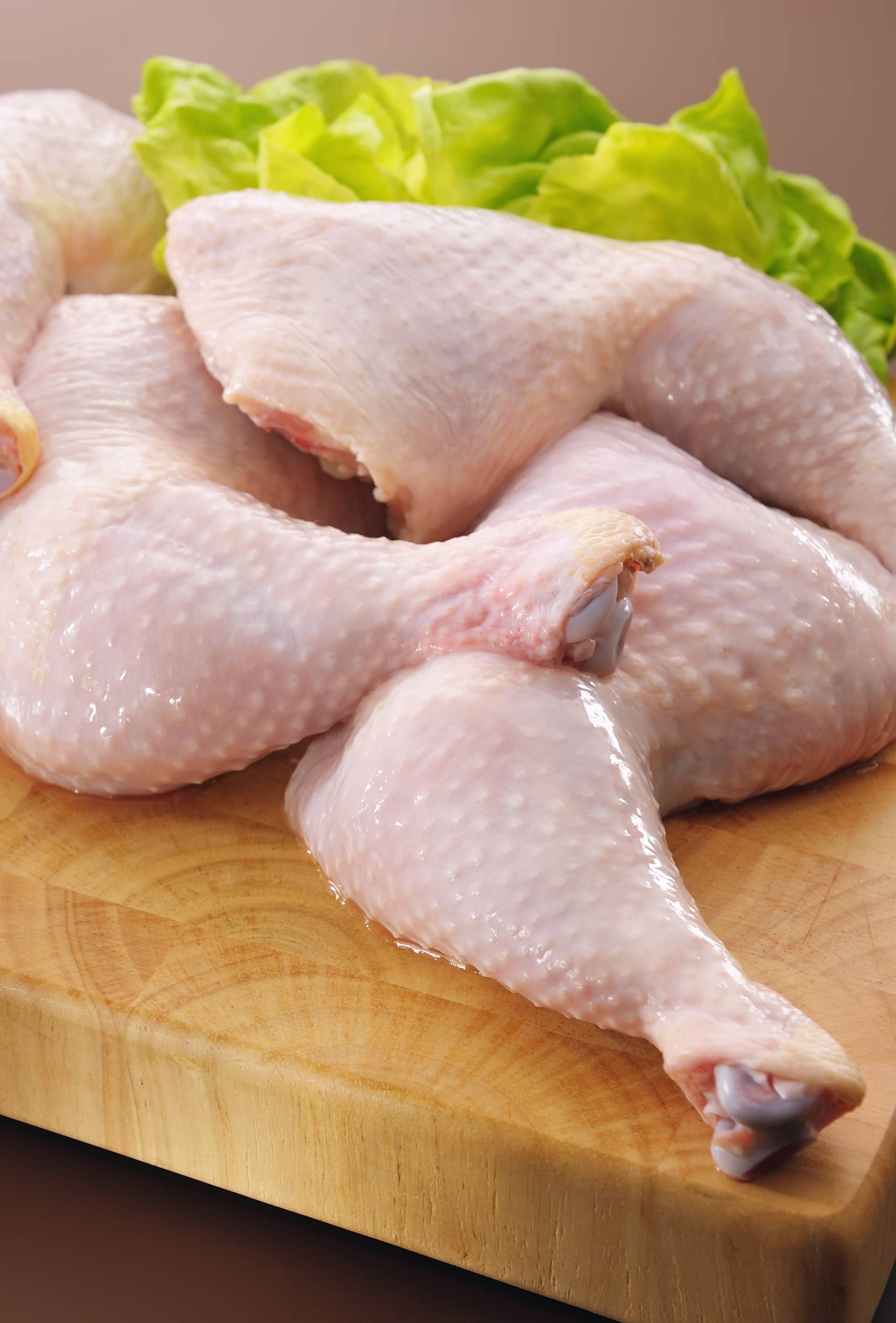 Zbog salmonele povlače pileći batak sa zabatkom bez kosti
