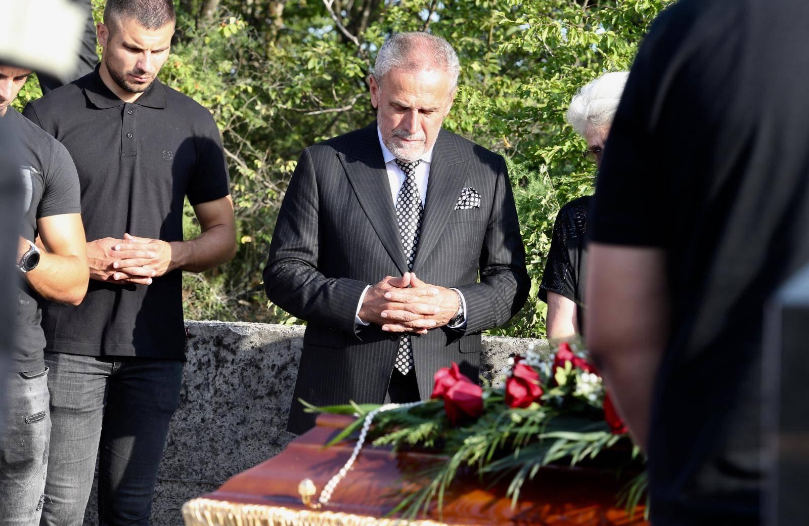 Grude: Sprovod Blagice Bandić, majke gradonacelnika Zagreba Milana Bandića