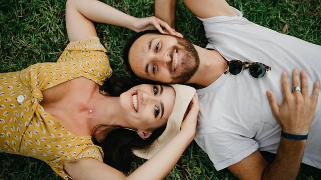 Za sretniju vezu: Otkrijte jezik ljubavi svog partnera, usrećite jedno drugo i ispunite potrebe