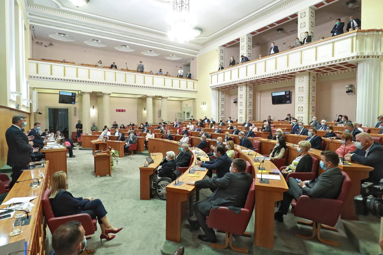 Sa 76 glasova zastupnici podržali novu Vladu Andreja Plenkovića