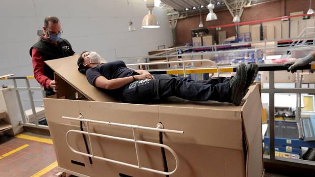 Smrtna postelja za zaražene: Krevet koji se pretvara u lijes!