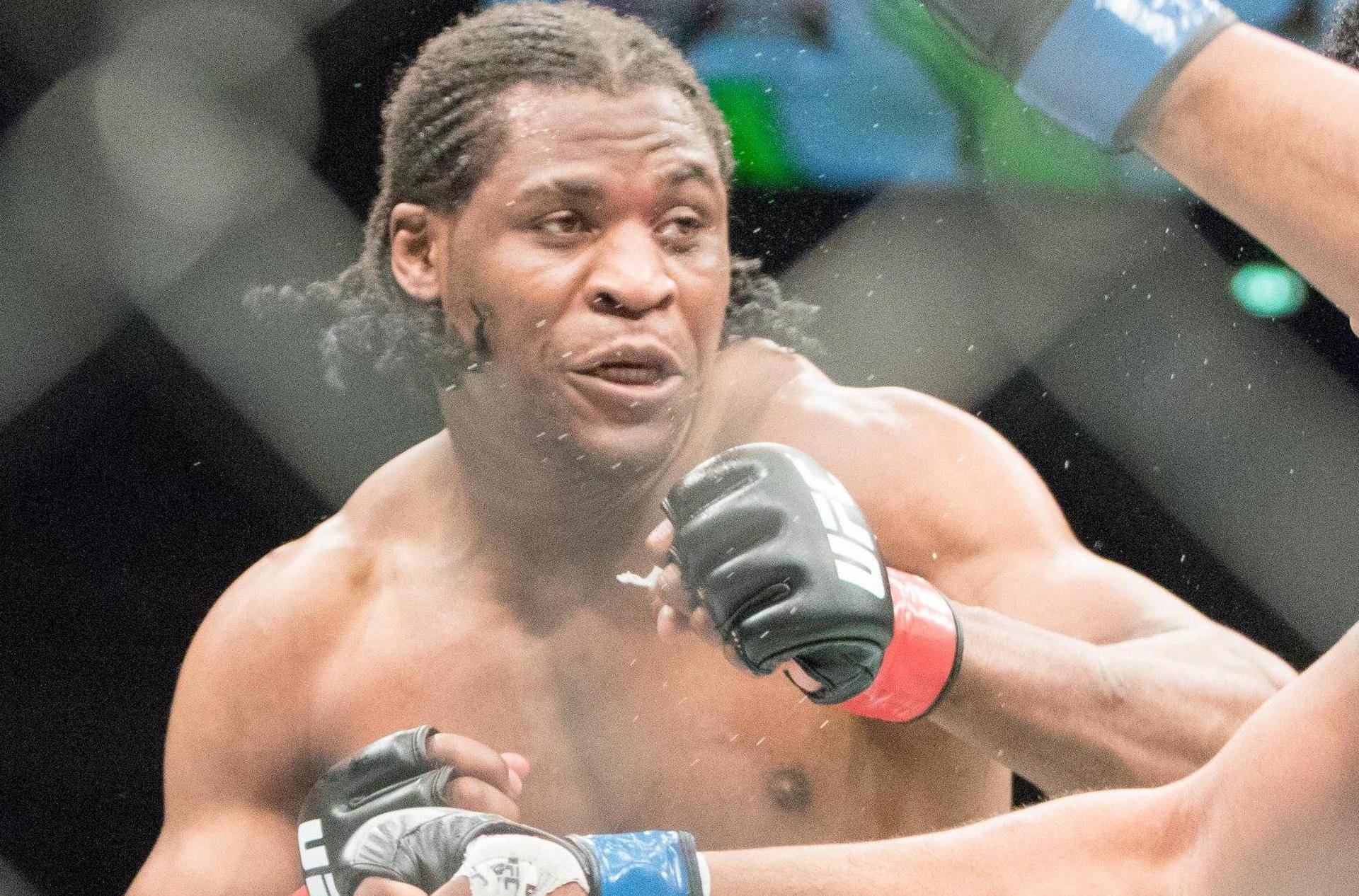 Zagreb, Croatia. 10th April, 2016. Francis Ngannou defeats Curtis Blaydes via TKO in round two.Francis Ngannou vs Curtis Blaydes in heavyweight bout. © Dan Cooke/Alamy Live News